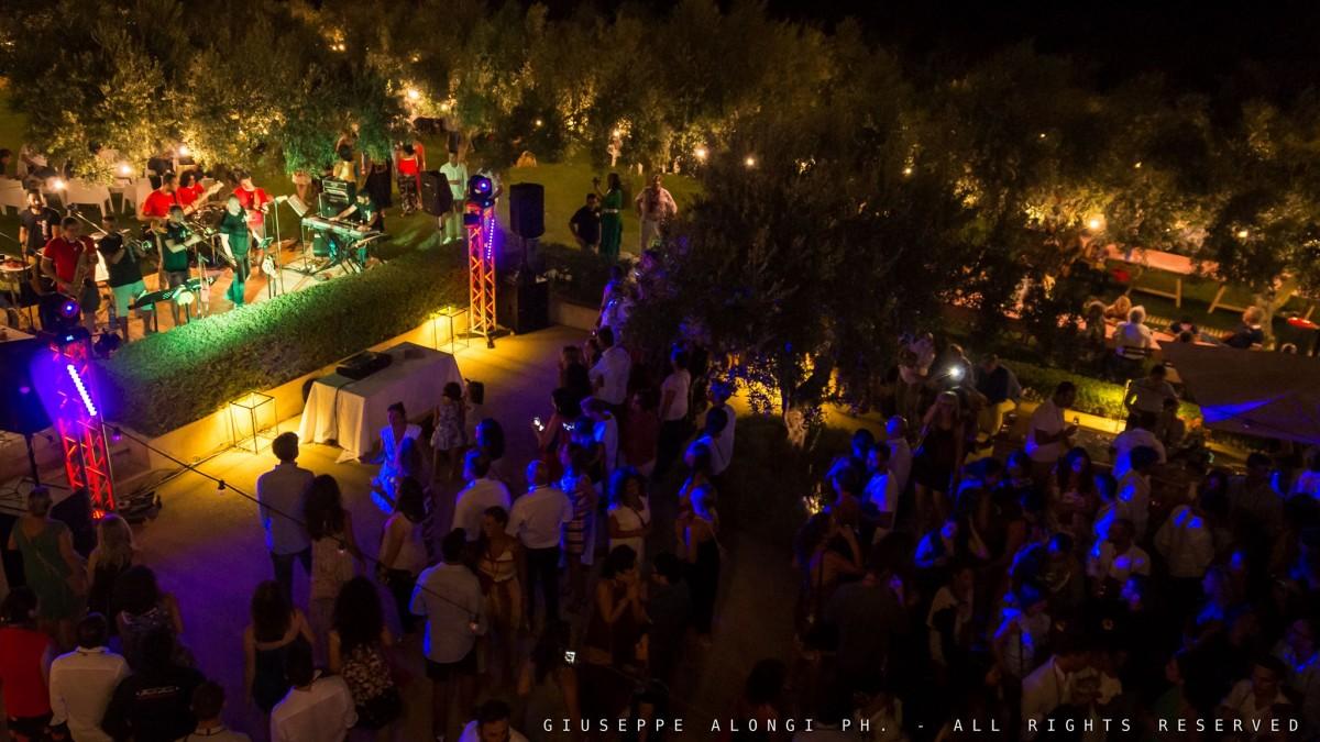 24/08 Disìu & I Cattivo Costume Live alle Cantine De Gregorio